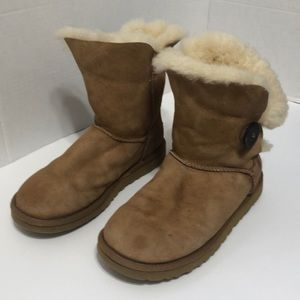 UGG Bailey Button 2 Boot Wool Blend Size 7 Tan